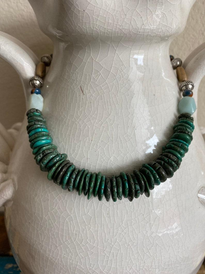 Primitive Turquoise /& Stone Boho Knotted Tribal Bib Necklace
