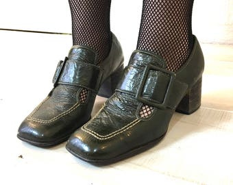 Vintage 60s Patent Leather Square Toe Buckle Shoes Stacked Heel Gothic Style Dark Green 7 7 1/2