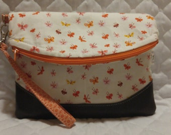 Heidi Wristlet with Lizzy House butterflies