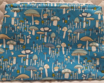 Large Retreat Bag with Blue Mushrooms