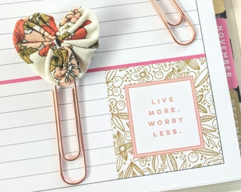 Set of 2 Mini Fabric Heart Paperclip bookmarks - Planner Paperclips - Planner Accessories - Planner Clips - Spring Floral Boho