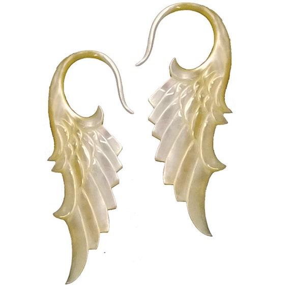 8mm Organic Mother of Pearl Pincher Taper Ear Stretcher Earring Body Piercing Jewellery