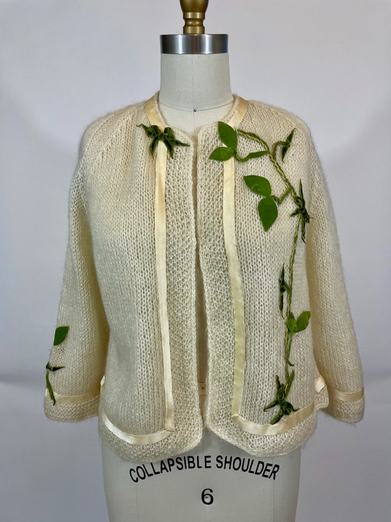 Vintage 1950s Hand Knit Ivory Mohair cardigan Swea