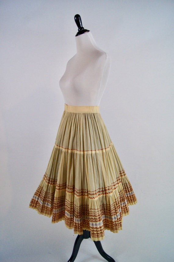 Vintage 1950s Pleated Ivory Full Skirt with Coppe… - image 4