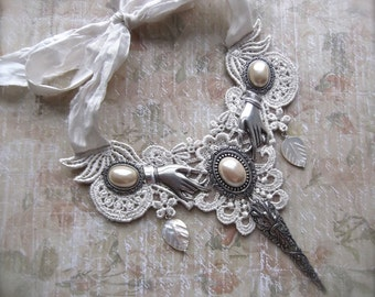 Venetian Lace Applique, Silver Plated Findings, Faux Pearl Cabochons, Mother of Pearl, Carved Leaves, MOP & Lace, Pearl Lace Bib, White Lace