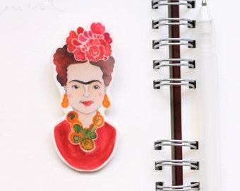 Frida brooch