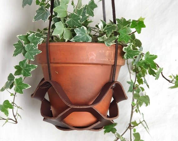 Brown leather plant hanger, indoor plant hanger