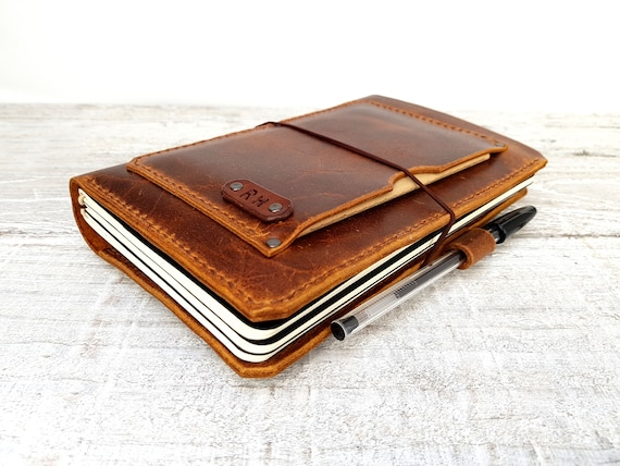 Leather midori cover with pockets, hand -stitched travellers notebook, leather fauxdori, moleskine cahier cover, A5 cover, personalisation