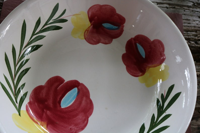 70s Ceramic Handmade SERVING BOWL White with Ferns and Floral