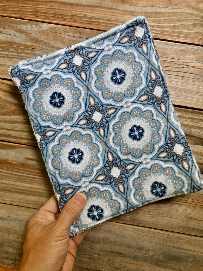 Unpaper Towels Reusable Cloth Medallion   flowers Flannel Set image 0