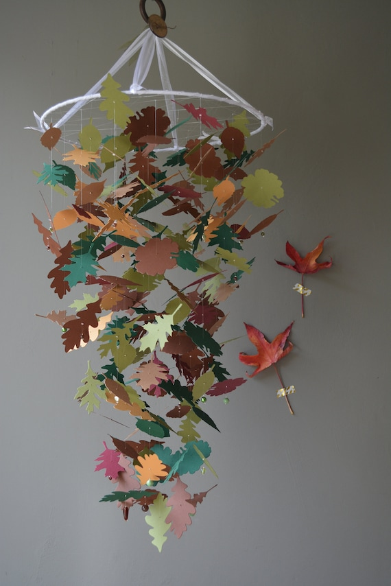 Leaves mobile, baby mobile made from a mix of brown/green shades card stock --- Autumn, greenery nursery, woodland mobile or baby shower