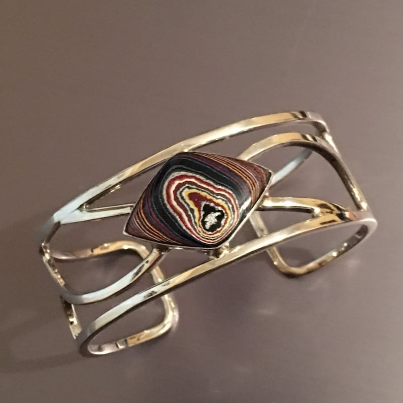 Corvette Paint Diamond Shaped Fordite Set in a Recycled image 0