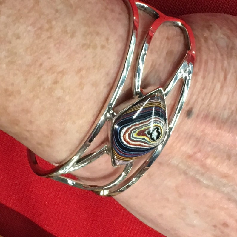 Corvette Paint Diamond Shaped Fordite Set in a Recycled Vintage Solid Sterling Silver Wave design in Square Wire style Cuff Bracelet