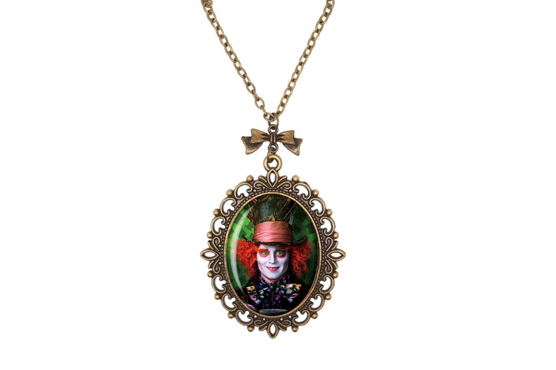 Through The Looking Glass Alice in Wonderland Tim Burton Mad Hatter Johnny Depp Bronze Silver Large Small Cameo Necklace