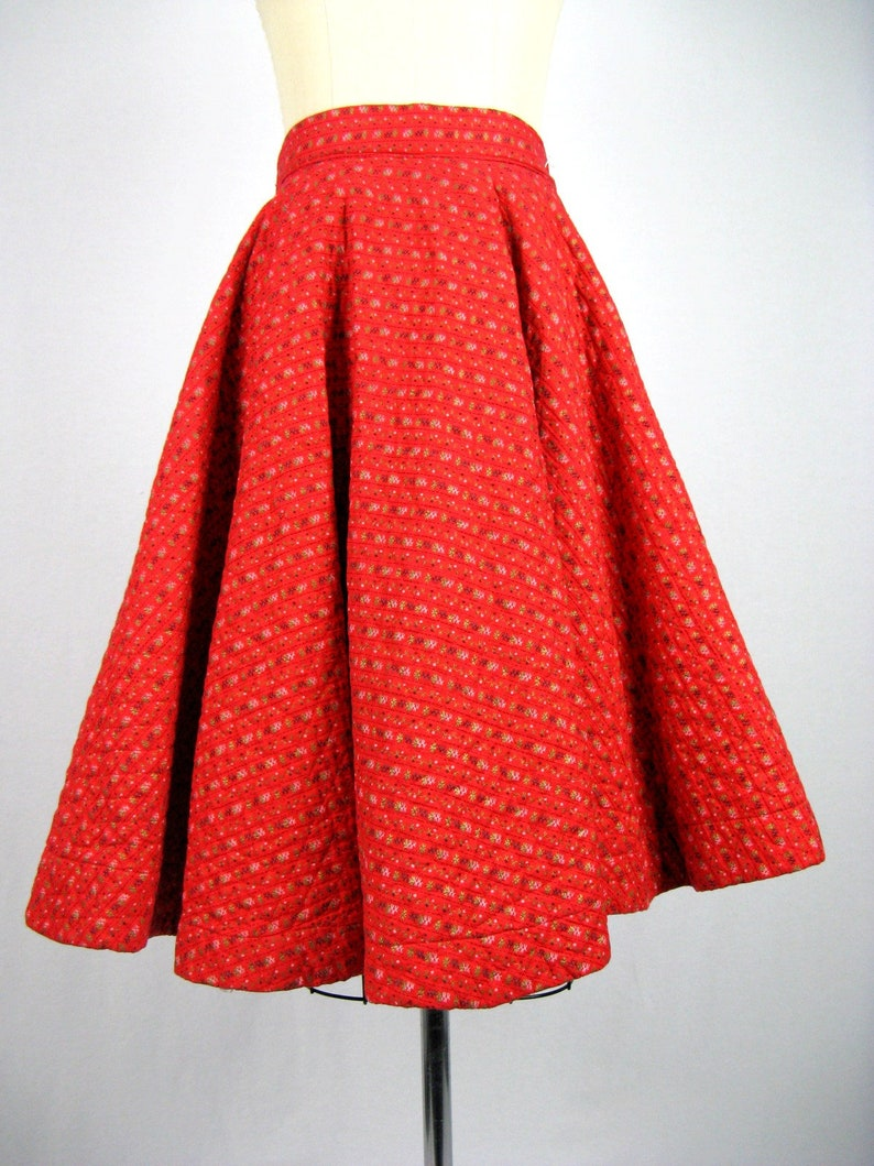 Vintage 1950s Red Quilted Circle Skirt 50s Cotton Striped Circle Skirt Size XS 24 Waist