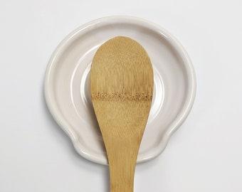 White Ceramic Spoon Rest, Stove top Spoon Rest, Farmhouse White Pottery, Modern Spoon Holder Pottery