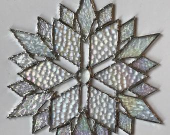 stained glass snowflake suncatcher (design 41C).