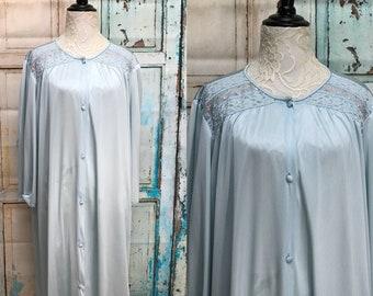 Vanity Fair Ice Blue Long Robe Nylon Lace Shoulders Large