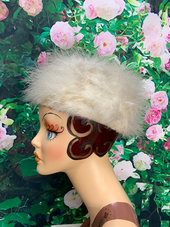 60s White Marabou Feather Pillbox Hat