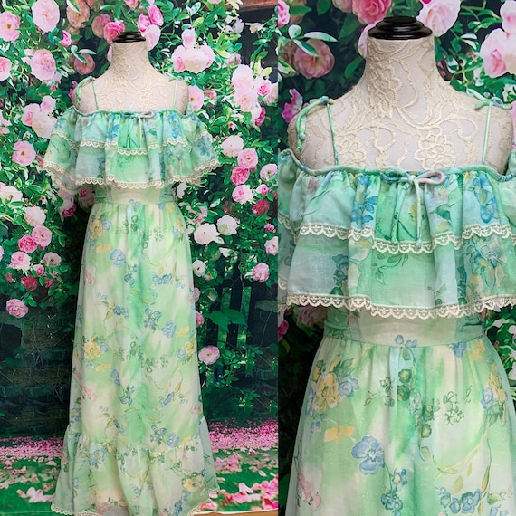 70s Green Floral Maxi Dress Ruffled Neckline