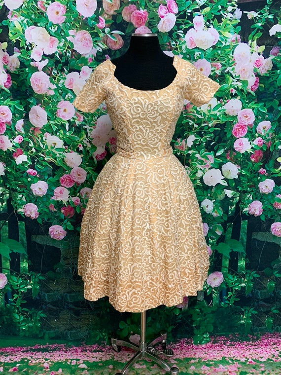 50s Suzy Perette Gold Party Dress Embroidered Flo… - image 2