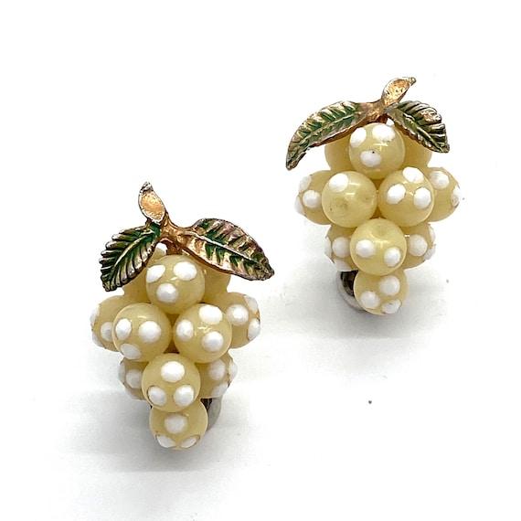 50s Cream Lucite Grape Earrings Bead Cluster