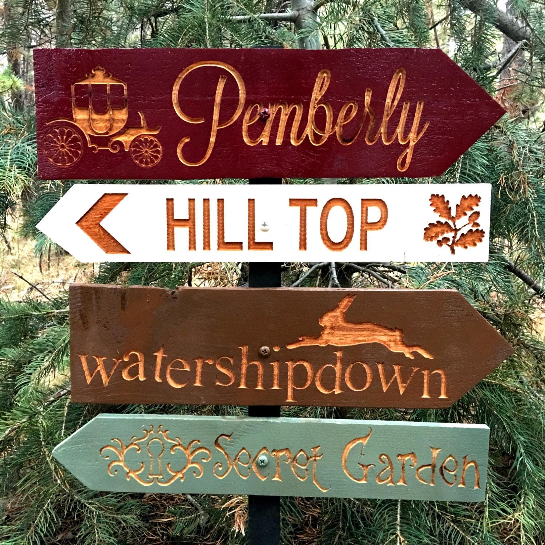 secret garden signs, classic literature story directional signs - pemberley watership, Design ideen