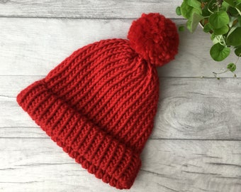 796b38b33ec Red knitted hat