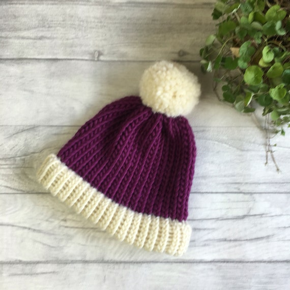 PURPLE HAND KNITTED,CHUNKY ADULT....READY TO POST BOBBLE // BIG POMPOM HAT