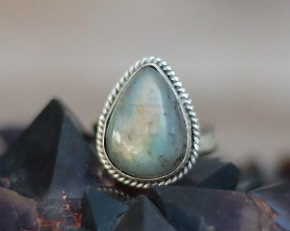 MAGIC LABRADORITE RING - Adjustable Sterling Silver Ring - Healing Crystal - Statement - Limited Edition - Glitter Ring - Gemstone - Chakra