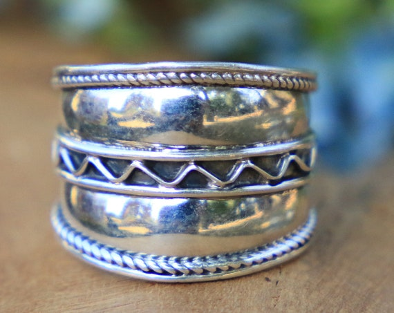 CHUNKY TRIBAL RING - 925 Sterling Silver - Adjustable Handmade ring - Ethnic - Vintage style - Hippie - Bohemian - Zig Zag - Oxidised Ring