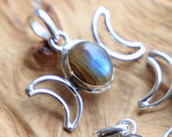 MOON GODDESS NECKLACE - Sterling Silver Labradorite Moon Jewellery - Gemstone Crescent Moon - Crystal Moon - Zodiac - Crystal Chakra Love