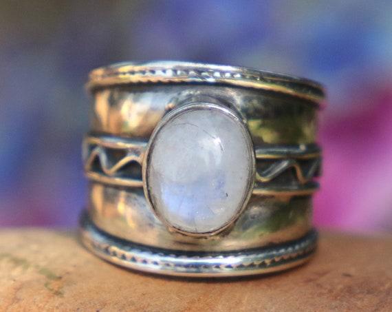 VINTAGE MOONSTONE RING - 925 Sterling Silver - Adjustable - Oxidised Ring - Birthstone - Moon child - Crystal - Gemstone - Tribal - Gift