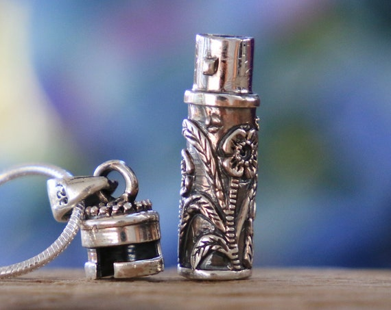 MANTRA VILE NECKLACE - Sterling Silver Mantra Box - Prayer box Jewellery - Keepsake - Photo - Ashes necklace - Perfume bottle locket - Gift