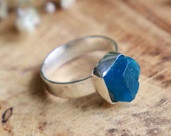 SEA GLASS RING - Rare Blue - Sterling silver 925 - Unpolished Seaglass - Ocean Ring - Ethically sourced - Eco Ring - Sea jewellery - Rustic