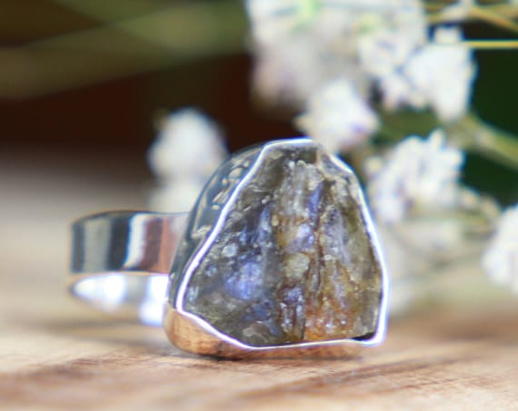 RUSTIC LABRADORITE RING - 925 Sterling silver - Rough Natural Raw Crystal - Iridescent Gemstone - Rare - Metaphysical - Organic Jewellery