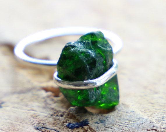 GREEN TOURMALINE RING - Deep Green Sterling silver Ring - 925 - Unpolished - Rustic Gemstone - Organic Natural Crystal Ring - Bespoke Boho