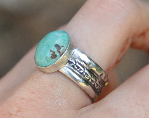 TURQUOISE SILVER RING - Adjustable - Thin 925 Silver - Hammered Ring - Navajo - Statement ring - December Birthstone - Crystal - Chakra