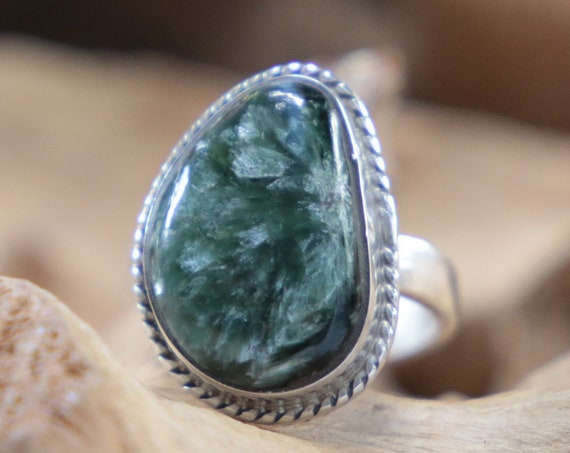 SERAPHINITE CRYSTAL RING - Adjustable Ring - Sterling silver ring - Handmade Jewellery - Magic Ring - Healing Crystal - Unique Gift