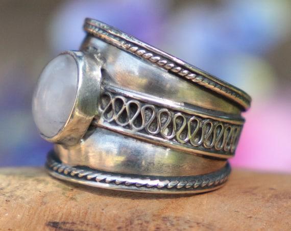 ETHNIC MOONSTONE RING - 925 Sterling Silver - Adjustable ring - Oxidised Ring - Birthstone - Moon child - Crystal - Gemstone - Moon Jewelry