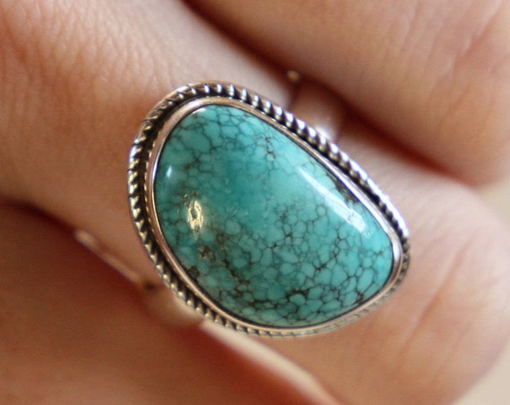 RARE TURQUOISE RING - One size - Sterling silver ring - Crystal ring  - Semi precious - Navajo jewellery - Statement - Valentines gift