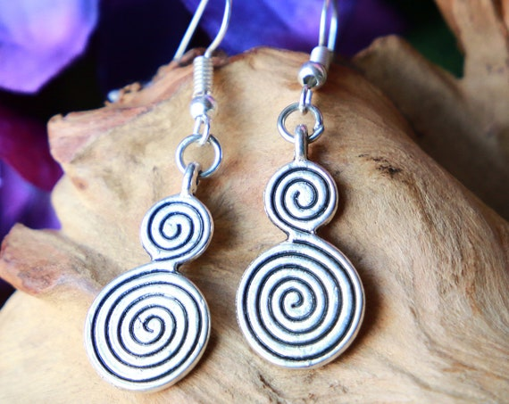 HANDMADE SWIRL EARRINGS - Silver Plated Earrings - Tribal - Ethnic Jewellery - Hippie Gift - Bohemian earrings - Moroccan - Infinity Symbol