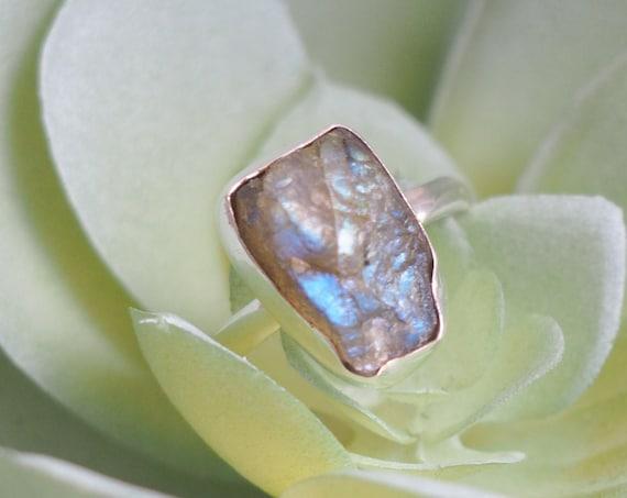 RUSTIC LABRADORITE RING - Sterling silver 925 ring - Natural Rough Gemstone - Raw Crystal - Glowing iridescent Gem - Crystal Stack ring