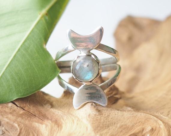 MOON GODDESS RING - Sterling Silver - Labradorite Moon Jewellery - Gemstone Ring - Crystal Moon - Adjustable Ring - Gift - Magic - Christmas