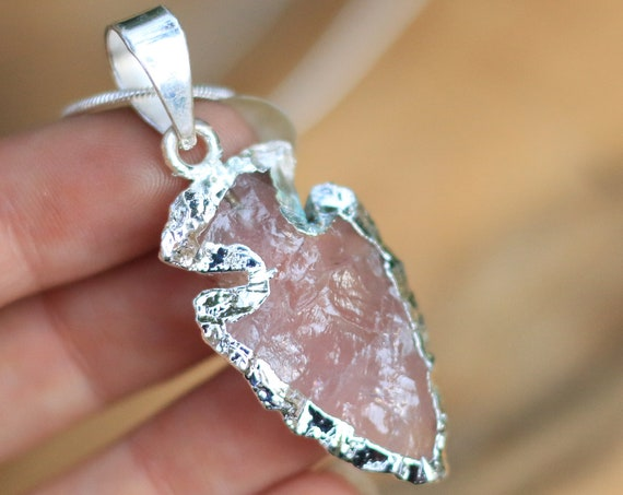 ROSE QUARTZ ARROWHEAD - Navajo Necklace - Native American - Silver Plated - Gift - Handmade - Crystal - Love stone - Friendship necklace