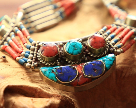 STATEMENT TIBETAN NECKLACE - Coral & Turquoise Chip Necklace - Nepali Buddhist Choker - Vintage - Semi Precious Gift Set - Beaded - Crystal