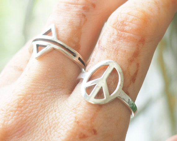 PEACE RING - Simplistic - Minimalist Jewellery - Sterling Silver Stack ring - Peace Symbol - Hippie Jewellery - Positive - Good Vibes only