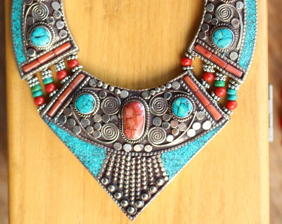 STATEMENT TIBETAN NECKLACE - Coral & Turquoise Necklace - Nepalese - Mosaic - Vintage - Gift Set - Birthstone - Healing Crystal necklace