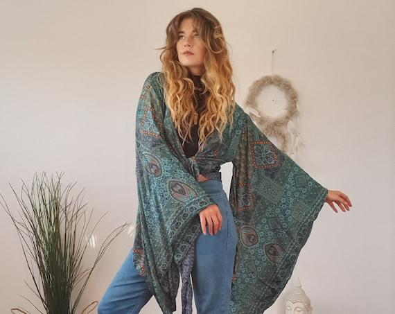 BELLA BELL CROP - Xl Bell sleeve Wrap - Batwing Kimono - Indian Silk Hippie Kaftan - 70's - Vintage Boho-  60's Style Fleetwood mac top