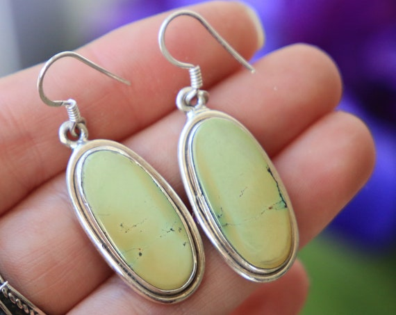 PALE TURQUOISE EARRINGS - 925 Sterling Silver Earrings - Gemstone - Rare Crystal - Natural - Vintage style - Green turquoise - Bohemian